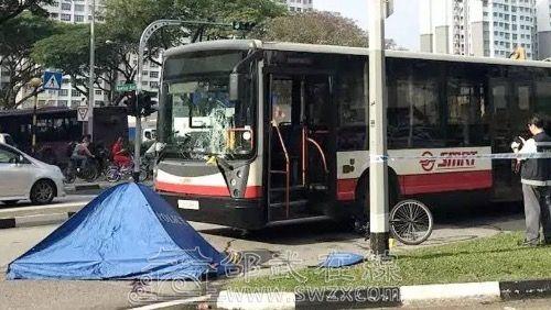 同样今天早上新加坡的车祸